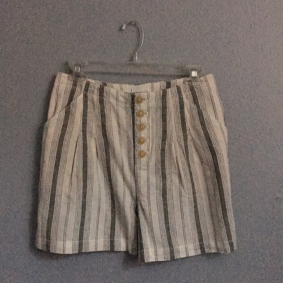 Anthropologie Pants - Anthropologie Linen Shorts